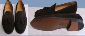 loafersy-brazowe-zamszowe-Berwick-zelowanie